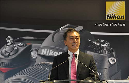 Mr Masanobu Tsunoda, Managing Director of Nikon Singapore, giving a speech on Nikon's achievements in Singapore.