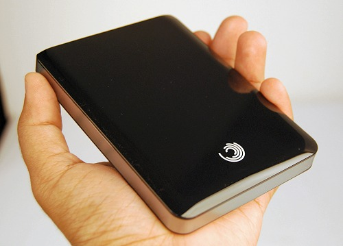 The Seagate FreeAgent GoFlex Pro 500GB is among the most compact 2.5-inch external portable drives in the market, definitely besting last year's rivals.