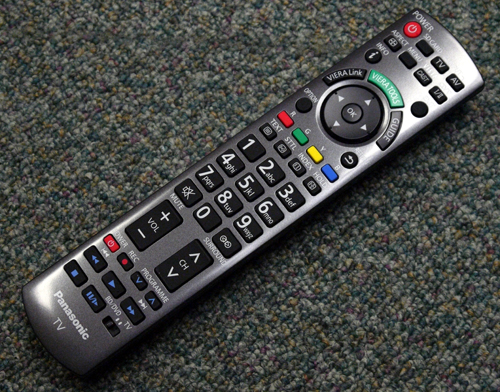 The familiar remote comes in a recognizable design and configuration which accompanied earlier suites of VIERA HDTVs. A circular D-pad is placed just below the VIERA Tools button, with auxiliary keys for AV devices (connected via VIERA Link) found further down below.