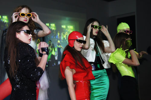 You know they're serious about 3D when they trot out a bevy of models with 3D glasses on.