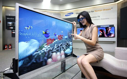 Stereoscopic televisions stirred up quite a buzz when it first arrived here two years ago. Although the majority of TV makers such as Samsung and Sony still endorse the active-shutter types today, recent alternatives like LG's passive FPR solution has invariably injected greater confusion amongst consumers. (Image source: SlashGear)
