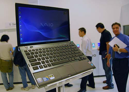 The VAIO Z is a machine to lust over, and we aren't kidding. The quad SSD drives in RAID 0 can transfer a 1GB file in 4 seconds compared to the 24 seconds on a normal HDD. It also sports an auto-switchable graphics option and backlit keyboard. Price to be confirmed, but expect it to be expensive as usual.