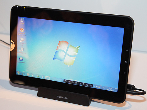 Toshiba's new WT110 based on the Atom Z670 processor demonstrated here with Windows 7.