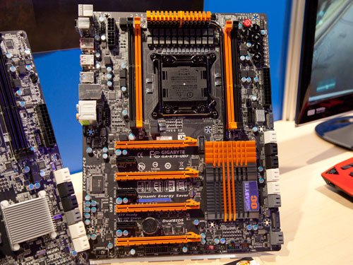 The Gigabyte GA-X79-UD7 features more PCIe graphics slots for up to 4-way SLI/CrossFireX multi graphics configuration. The board also comes with Gigabyte's proprietary OC Touch, OC-Cool, OC-DualBIOS and OC PEG features. The UD7 also boasts of an extreme 20 phase VRM power design, enabling even greater overclocking capabilities.