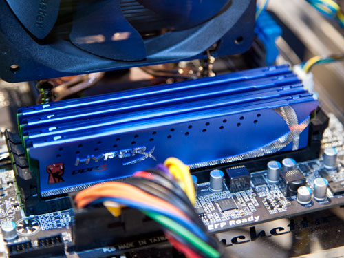 A closer look at Kingston's new HyperX 8GB DIMMs.