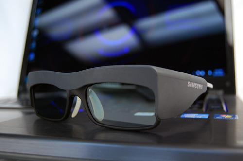 We felt that Samsung's 3D glasses were more comfortable than NVIDIA's.