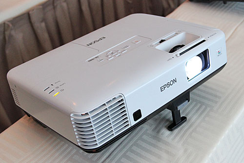 The EB-1800 series is Epson's latest full-featured projector series, with brightness up to 4,000lm. The EB-1880 and EB-1860 have a 1024 x 768 native resolution, while the EB-1850W has 1280 x 800.