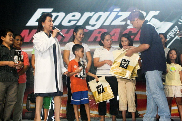 Beneficiaries of the said event received hearing aids and Energizer Zero-Mercury hearing aid batteries.