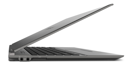 We sincerely hope Toshiba's claim of the world's thinnest and lightest 13.1-inch Ultrabook isn't referenced at the Toshiba Portege Z830. (Source: HardwareZone)