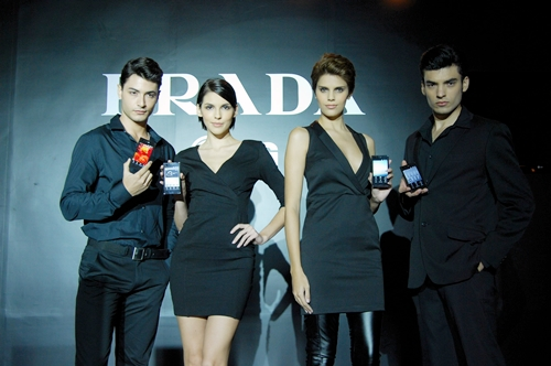 The Prada Phone by LG 3.0 stays true to its fashion roots, evidently seen in this shot.