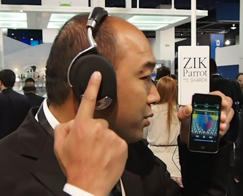 A sleek design without unsightly buttons was made possible, thanks to the capacitive touch controls on the Zik headphones.