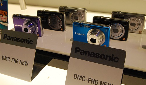Camera color options for the new FH8 and FH6 series of compact cameras.
