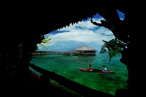 John Lai Teck Kee: Paradise
