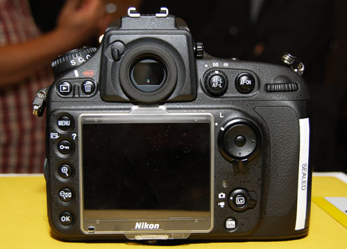 "The D800's rear control layout isn't that dissimilar to the D700's, and closely resembles the D4's. The most obvious differences compared to the D700 are the live view switch and a slightly bigger 3.2"" LCD (the D700's 3"")."