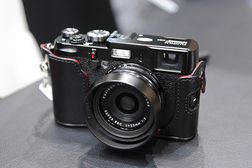 Looking like but not quite the X-Pro 1 was the limited edition black X100. Nothing besides the paint color is different.