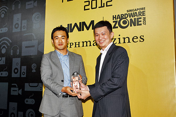 HP has won three awards: Editor's Choice for Best Multimedia Notebook, Best AIO Color Inkjet Printer, and Reader's Choice for Best Laser Printer Brand. On stage was Mr. Park Sang Hoon, Director, Consumer Business, Imaging and Printing Group of HP Singapore.