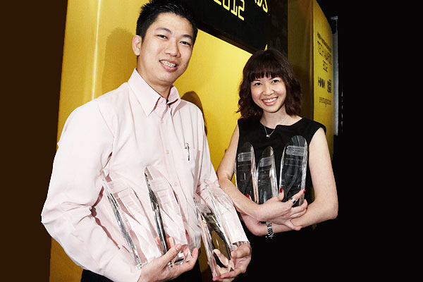 Samsung walked home with seven awards. Be careful there, don't break the trophies!