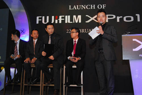 Hiroshi Kawahara (third from left) was one of the designers of the X100 and has played a pivotal role in the design of the X-Pro1.