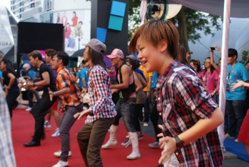 The Nokia Lumia launch began with a flash mob of dancers jiving to LMFAO