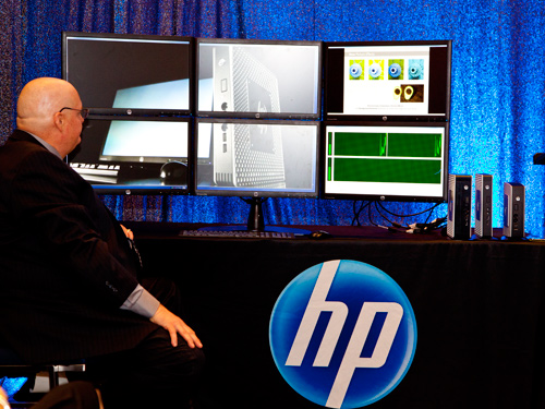 HP demonstrated the performance of the new HP t610 thin client by running all six screens at the same time.
