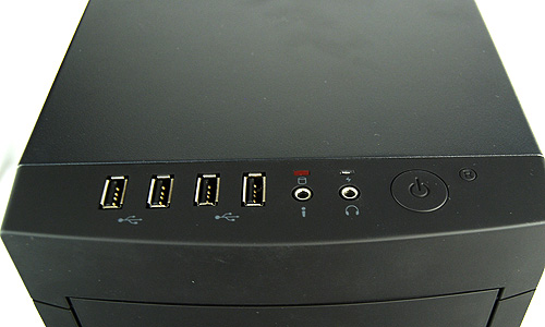 For front panel connectivity, the Outlaw offers four USB 2.0 ports (no USB 3.0 sadly) and the usual power/reset buttons, headphones and microphone jacks.
