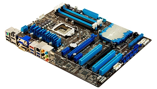 The ASUS P8Z77-V LE is the higher-end of the pair as it has more SATA 6Gbps and USB 3.0 ports, courtesy of the presence of third party controllers.