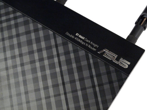 A name like 'Dark Knight' sounds like a blatant reference to Bruce Wayne's alter-ego, but this is not the first time ASUS has applied that name on their devices. Those familiar with ASUS' legacy graphics cards would know probably know better. Anyway, we really dig those grid-like patterns.