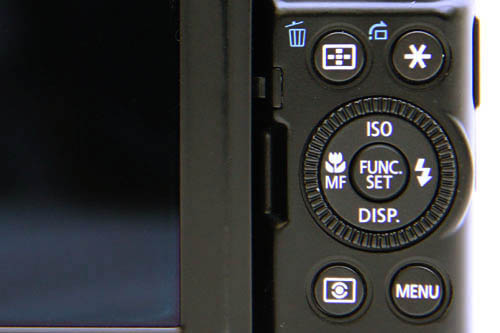 The d-pad gives you direct access to commonly-used settings, if that's not enough, pressing the center Function button brings up an overlay quick menu with even more settings.