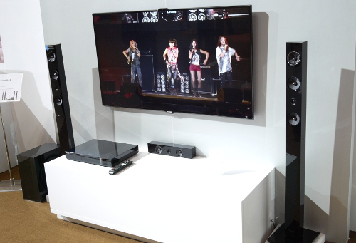 At $1,499, we figure it's a reasonable price to pay for a 3D Blu-ray home theatre system which packs a 7.1-channel sound system and Samsung's new hybrid vacuum tube amplifiers. However, whether this rig sounds impeccable remains to be seen (or heard).