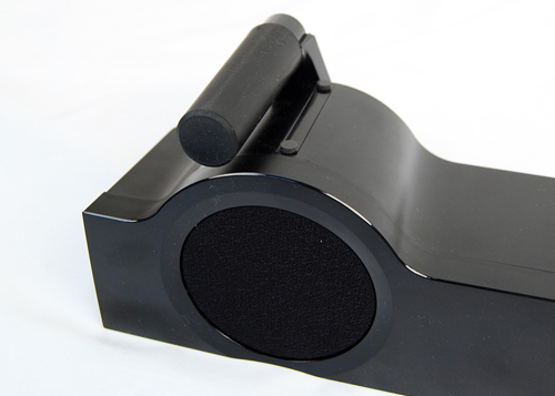 Adjustable feet allow you to change the height of the speakers to suit the level of your TV screen.