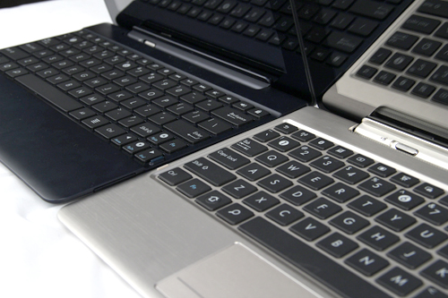 The difference in materials used between the two tablets means that the plastic keyboard has more flex than the aluminum one. But the chiclet keyboards are comfortable to type on.