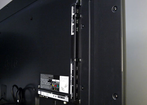 The side panel holds four HDMI inlets with ARC (Audio Return Channel) incorporated on the first port. Three USB ports are included higher up. The third slot, named as USB Apps, enables you to store additional apps on an external drive if you exceed the cloud storage space of 1GB on LG's Apps Store.