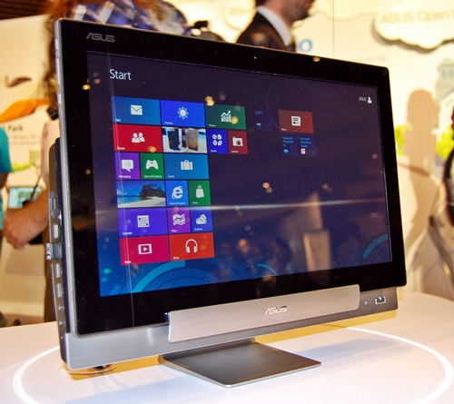 The ASUS Transformer AIO running Windows 8 with the Metro start screen and its Live Tiles. The company did not release any hardware specifications nor issued any statement with regards to pricing and availability.