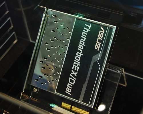 After more than a month of waiting, ASUS finally launched their Thunderbolt expansion card.