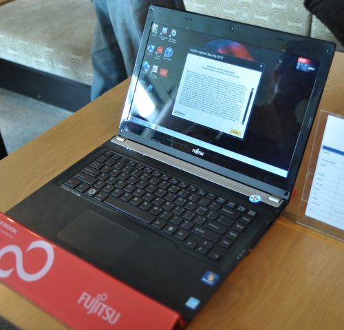 The Fujitsu U572 is an Ultrabook built to be affordable and productive. It has similar specifications as the U772, but uses more plastic material, and has no SSD.