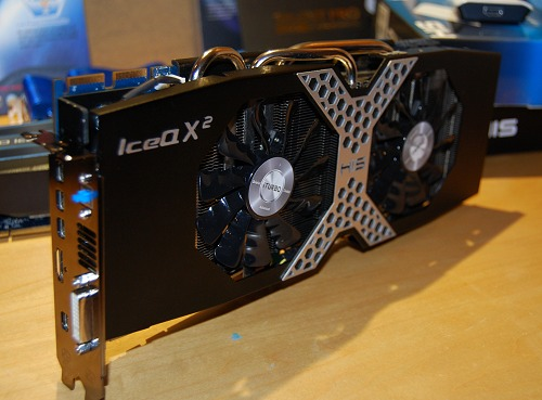 Meet the HIS 7970 X and its new IceQ X2 cooler. The card has far better power circuitry to the GPU (18 PWM phases) than a reference card (5 PWM phases).
