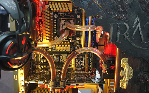 In keeping with the gold and pirates/diablo theme, this system features an ECS gold-plated Z77 motherboard.