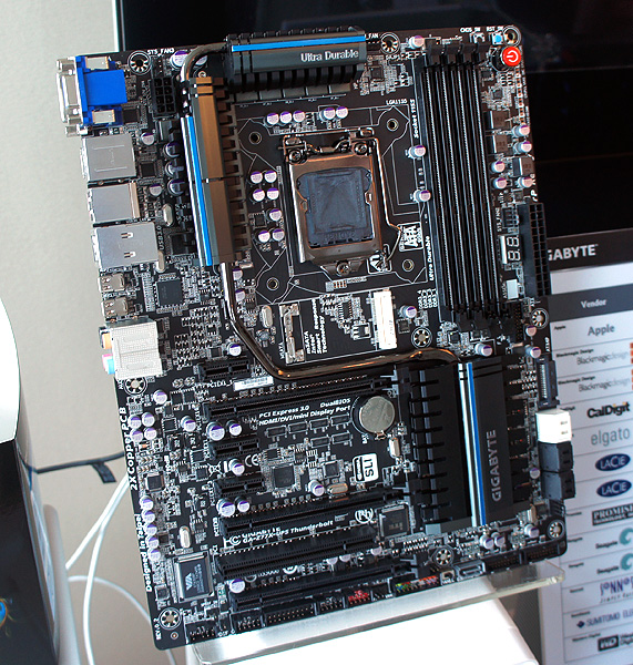 The Gigabyte GA-Z77X-UP5 TH