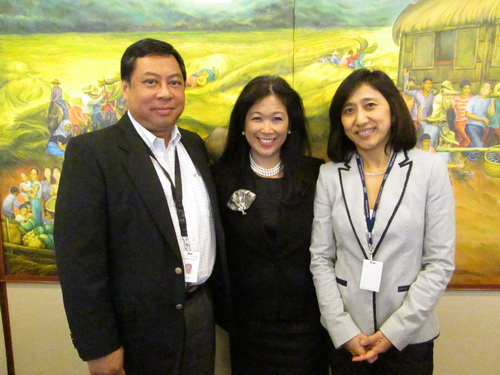 From left to right: Dod Peralta, Director, GBS Global Delivery Center; Mariels Almeda-Winhoffer, President and Country General Manager; and Cassandra Soto, Director, Philippines Delivery, Global Process Services.