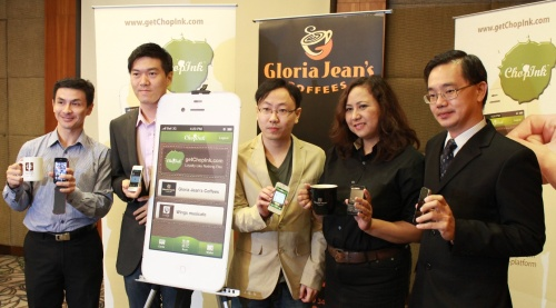 From L-R: Lim Sin Khim, CEO of Wings Musicafe; Ho Heng Yew, Marketing Director Of Werebits Sdn Bhd; Teon Ooi, Co-founder of ChopInk; Aida Noryati Abdul Muti, Marketing Manager of Gloria Jean's Coffees with Tan Hai Hsin, Managing Director of Retail Group Malaysia launching the ChopInk mobile app