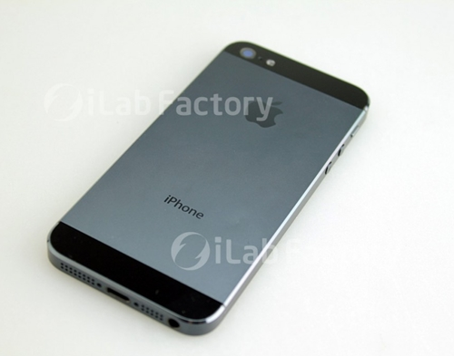 Next-Gen iPhone Photo Shows Fully-Assembled Device ...