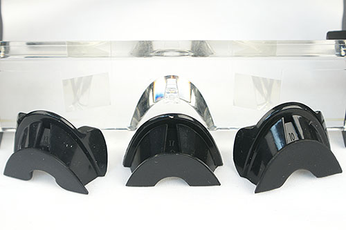 Three nose pads are supplied. Swap around until you've a pad that rests comfortably on your nose bridge, and you can see the whole screen properly.