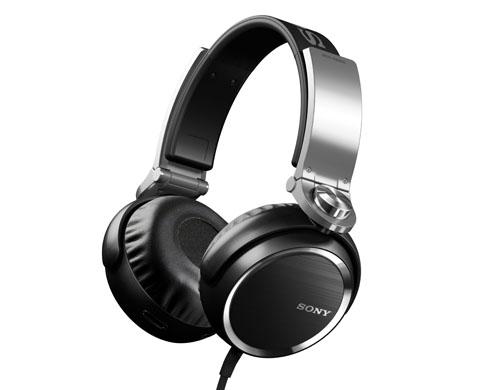 Sony MDR-XB900.