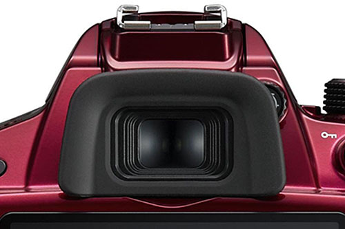 The D3200's OVF offers 95% viewfinder coverage and 0.8x magnification.
