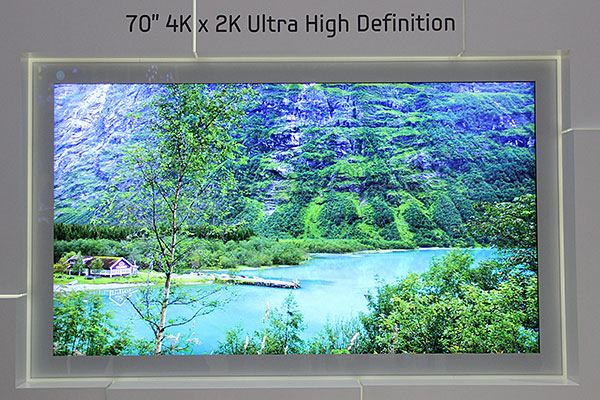 Samsung also has a 70-inch 4K ultra high-definition display on show at IFA 2012. There isn't a lot of news about it because it has been shown since quite a while back. Again, there's no word on when it'll hit the market.
