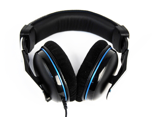 Blue highlights help give this product a slight aura towards gaming and entertainment, which it would otherwise sorely lack.