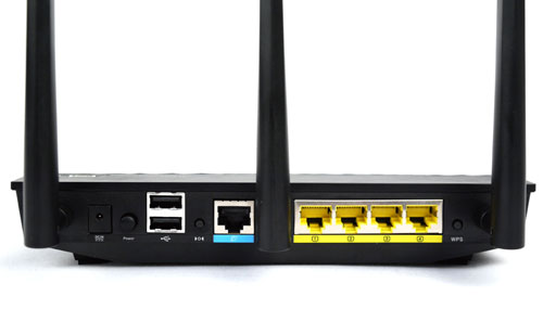 "The Gigabit WAN port is coded in blue, while the four LAN ports are decked in yellow. This router is also equipped with a ""3G backup mode"" to be used in tandem with 3G USB adapters."