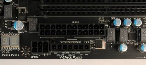 The 6-pin power connector and the voltage checkpoints connectors are too close for our comfort.