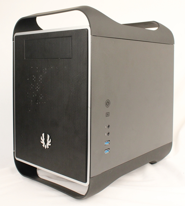 The BitFenix Prodigy mini-ITX chassis series has two editions to its name. Pictured here is the Midnight Prodigy, while the other one is called <a href=http://www.hardwarezone.com.sg/tech-news-bitfenix-unleashes-prodigy-mini-itx-casing-updated _fcksavedurl=http://www.hardwarezone.com.sg/tech-news-bitfenix-unleashes-prodigy-mini-itx-casing-updated>Artic White</a>. Apart from color differences, they are identical.
