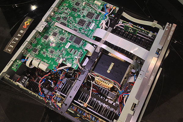 Now here's something you don't get to see everyday - the internals of the Yamaha RX-A3020.